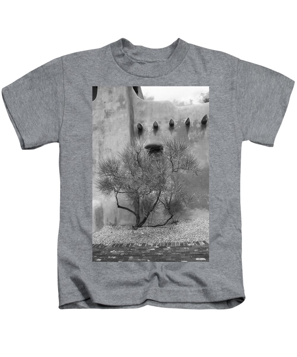 Adobe Kids T-Shirt featuring the photograph Santa Fe - Adobe Building And Tree by Frank Romeo