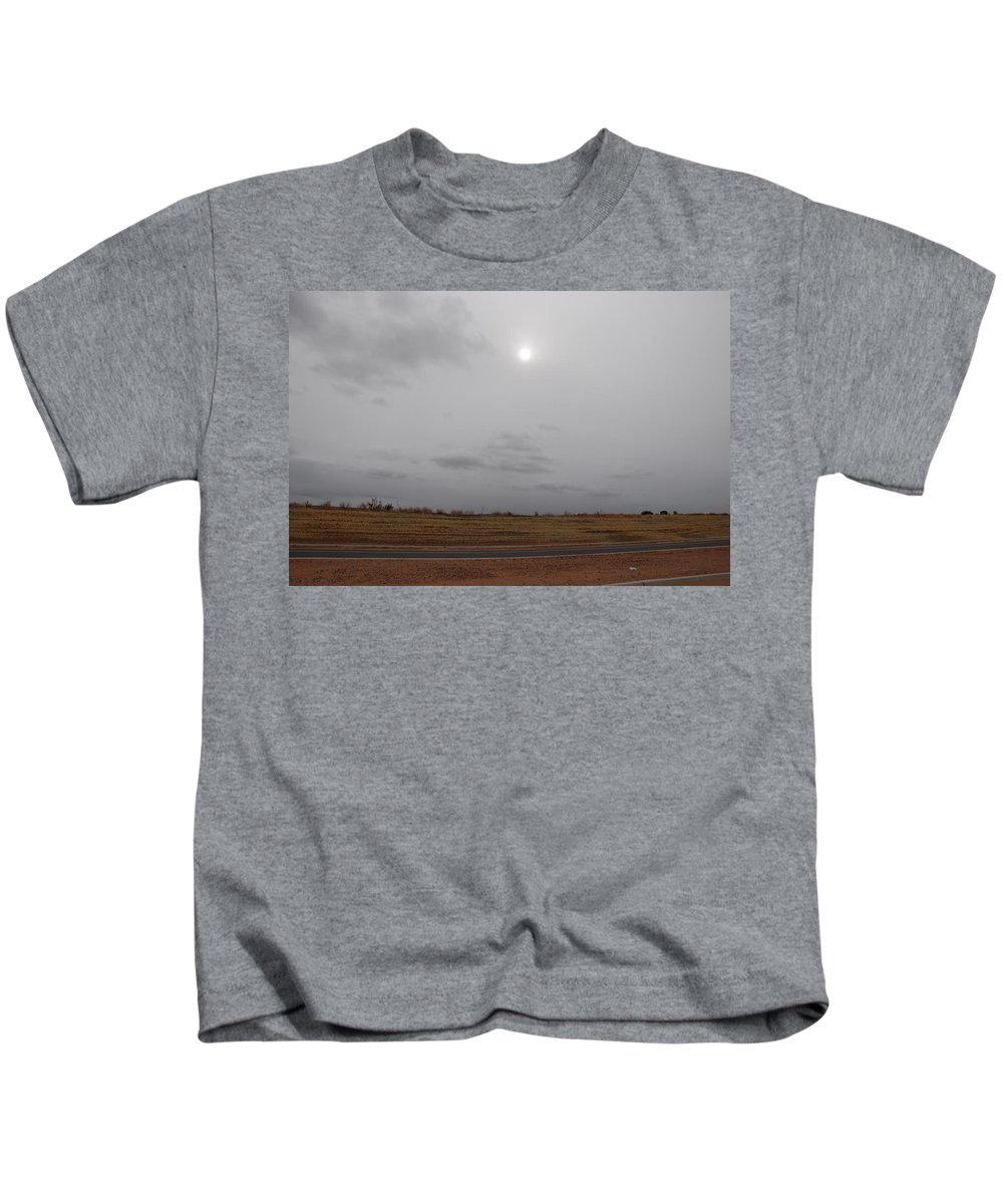 Desert Kids T-Shirt featuring the photograph Sunset In The Desert by Rob Hans