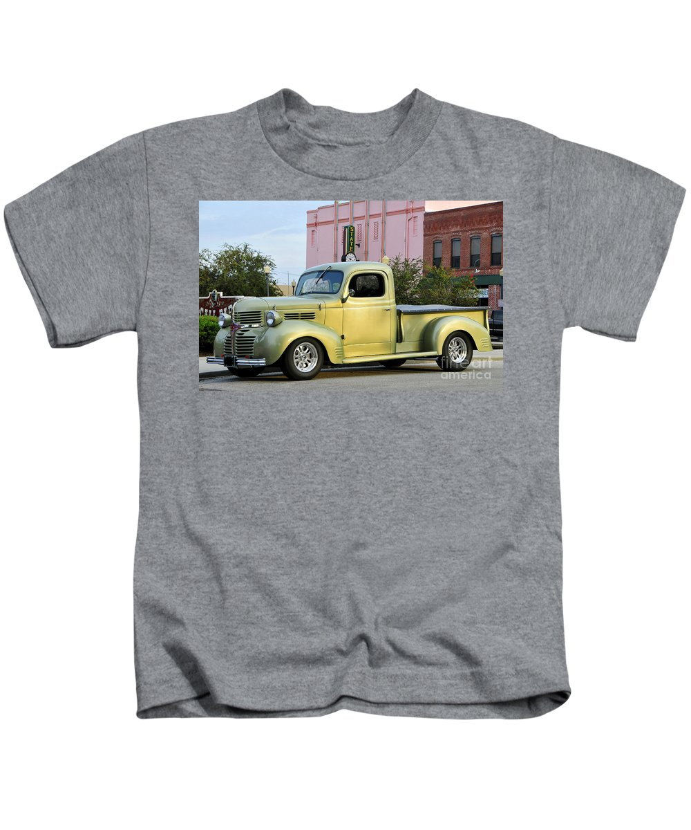 1940 Dodge Kids T-Shirt featuring the photograph 1940 Dodge Pickup by David Lee Thompson