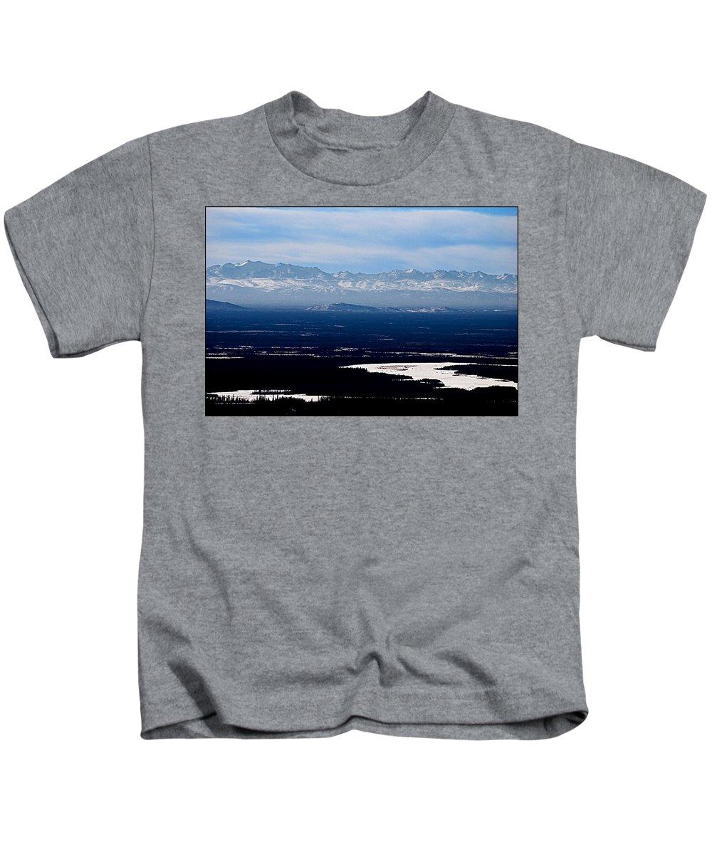 Denali Park Alaska Snow Montain Blue Sky Landscape Artic Denali Park Alaska Snow Montain Blue Sky Landscape Artic Framed Prints Kids T-Shirt featuring the photograph Denali Park - Alaska by Galeria Trompiz