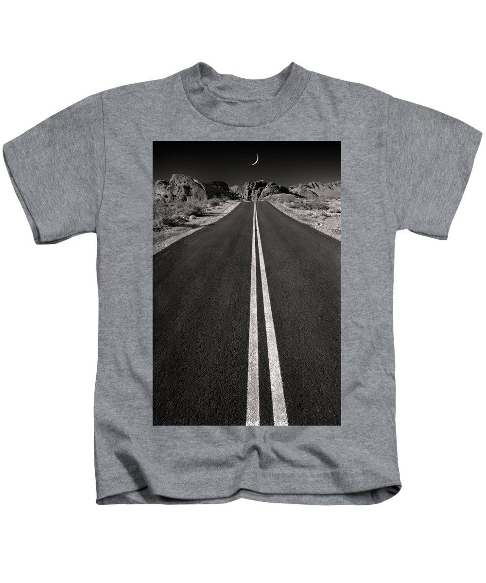 Remote Photographs Kids T-Shirts