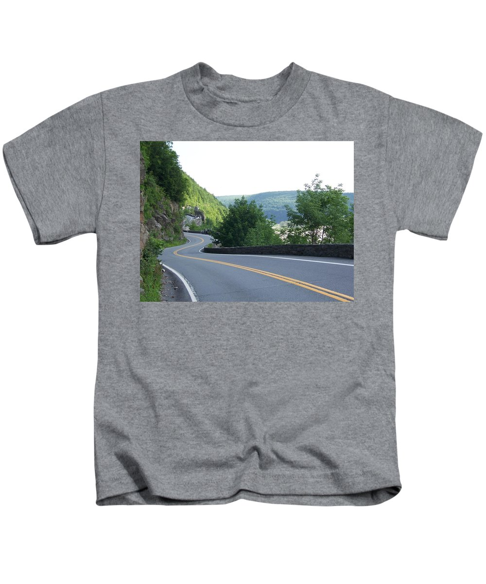 Road Kids T-Shirt featuring the photograph A Winding Road by Laurie Paci