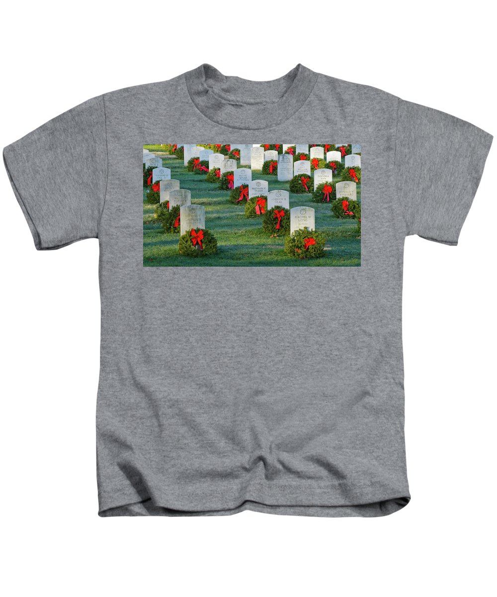 Washington Kids T-Shirt featuring the photograph Arlington National Cemetery At Christmas by Craig Fildes