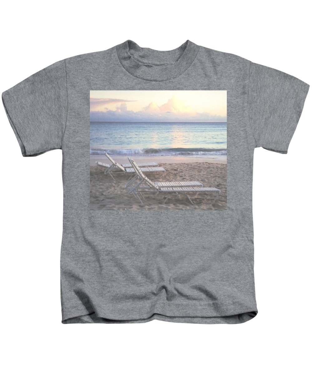 Aruba Kids T-Shirt featuring the photograph Aruba Beach by Ian MacDonald