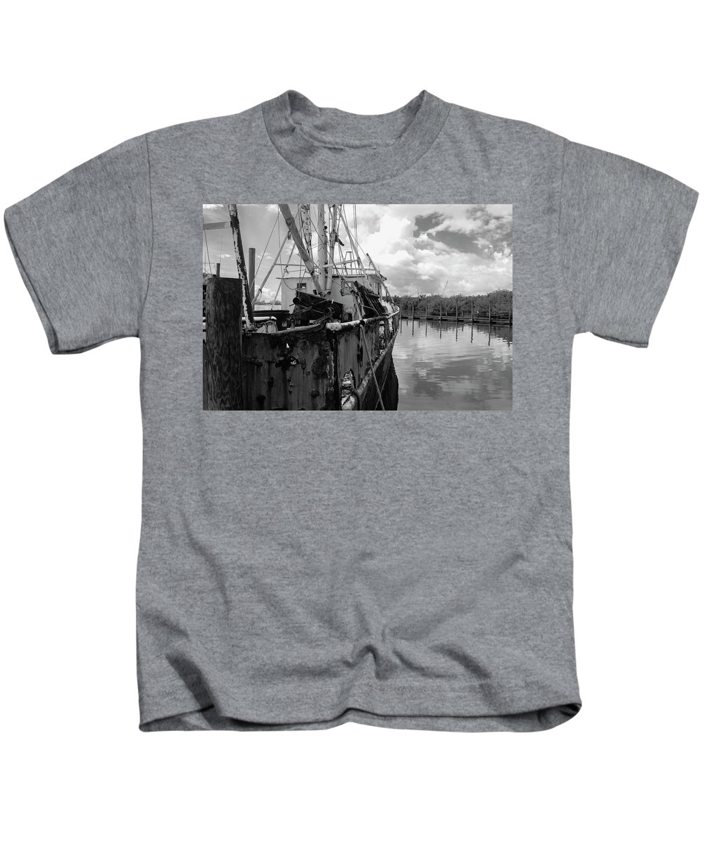 Photo For Sale Kids T-Shirt featuring the photograph At Rest by Robert Wilder Jr