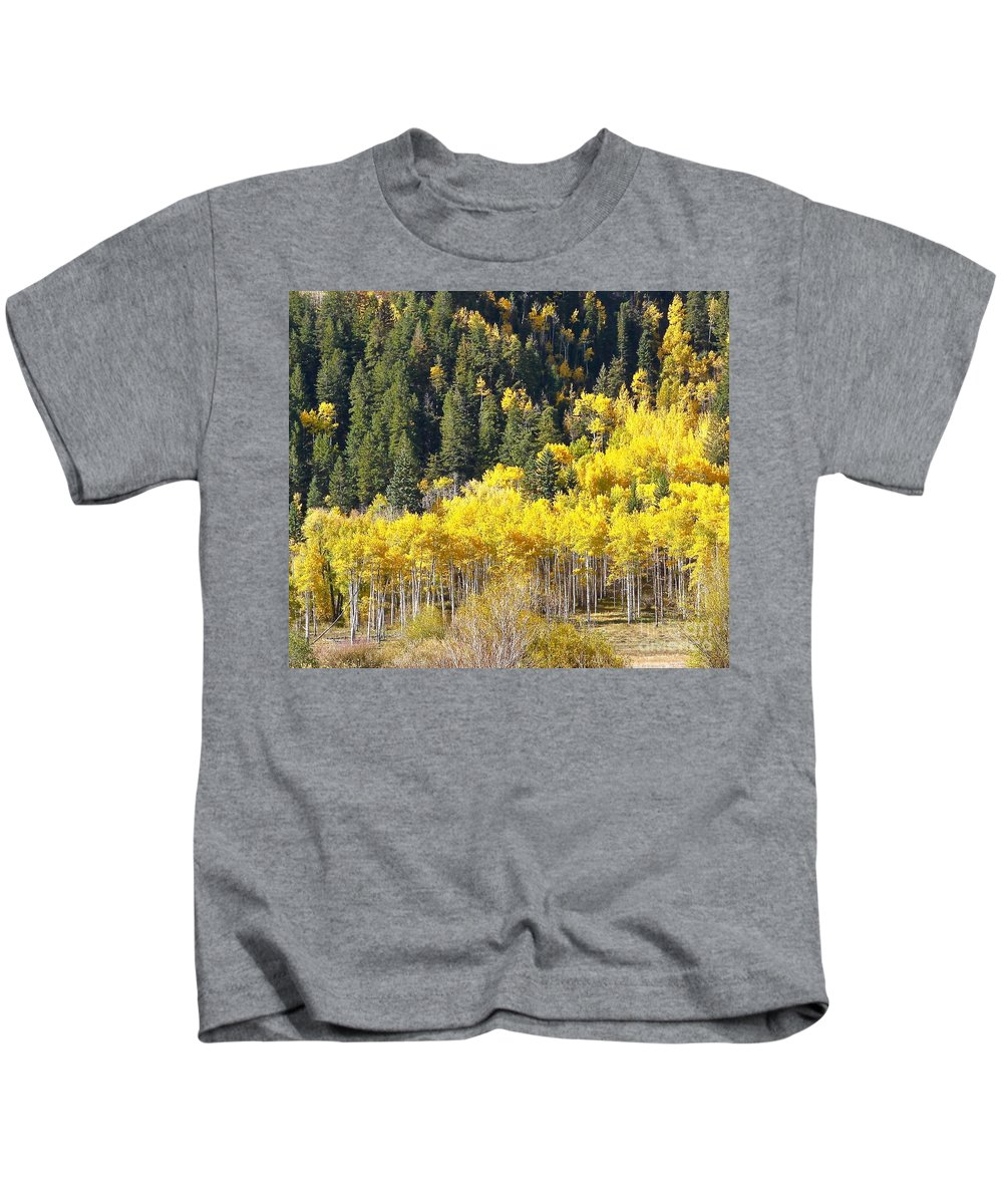 Aspen Kids T-Shirt featuring the photograph At The Right Time There by Elisabeth Derichs