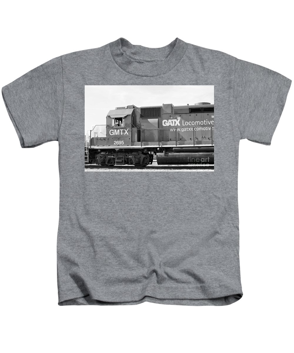 Kids T-Shirt featuring the photograph B/w33 by Jeff Downs