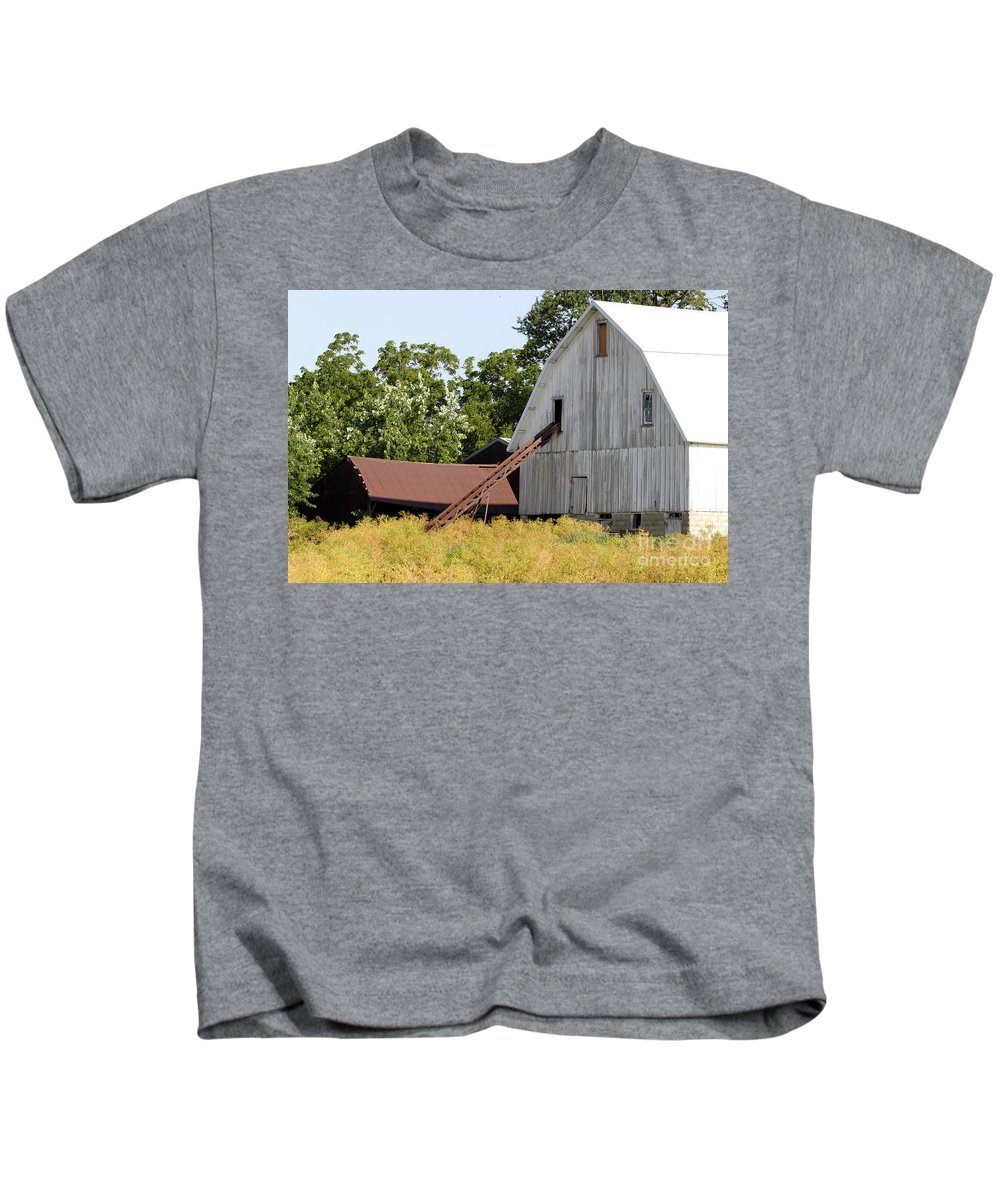 Rural Illinois Farm Buildings Homestead Barn Rustic Kids T-Shirt featuring the photograph Barn Lot by Alan Look