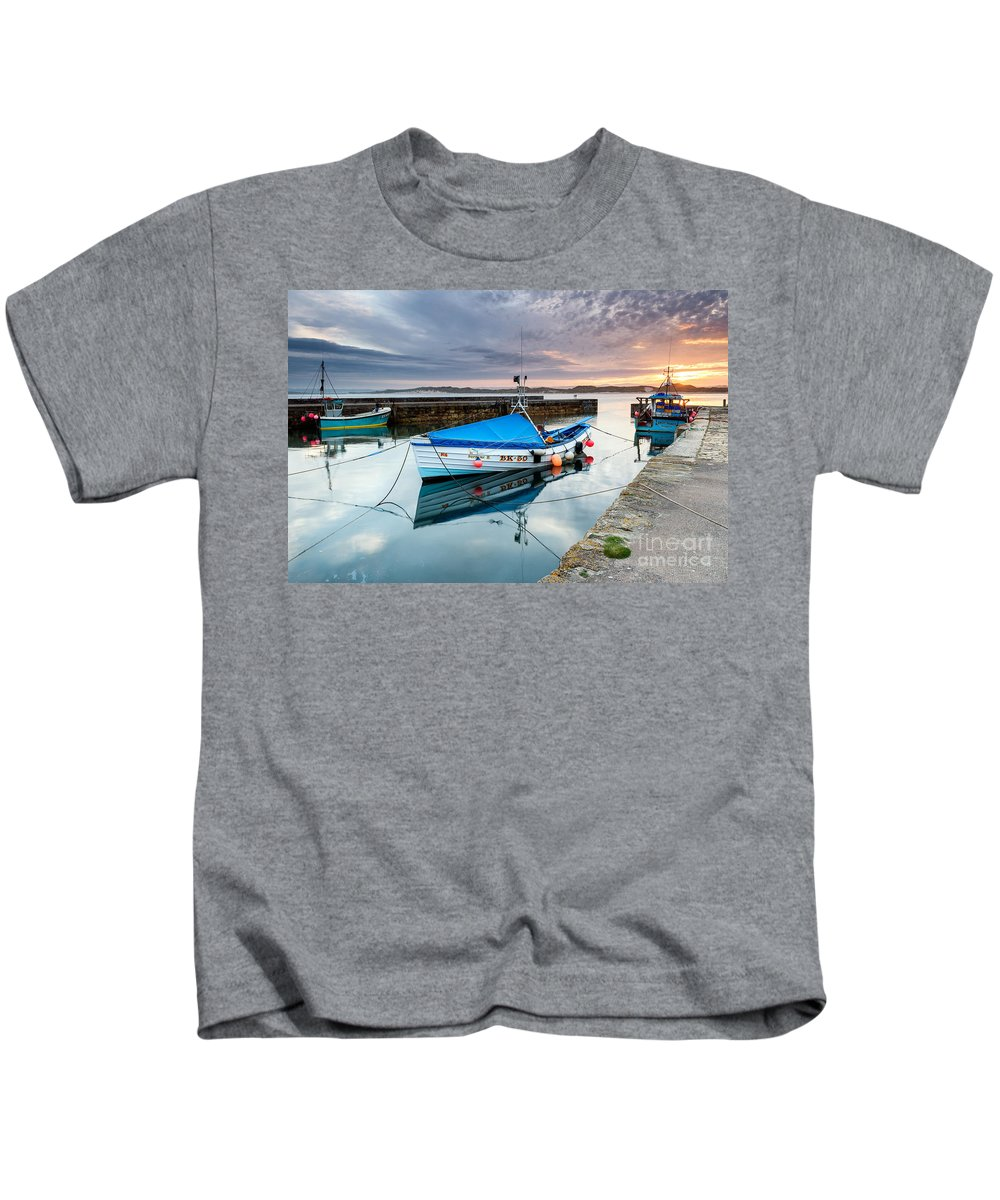 Northumberland Kids T-Shirt featuring the photograph Beadnell Harbour Sunset by Richard Burdon