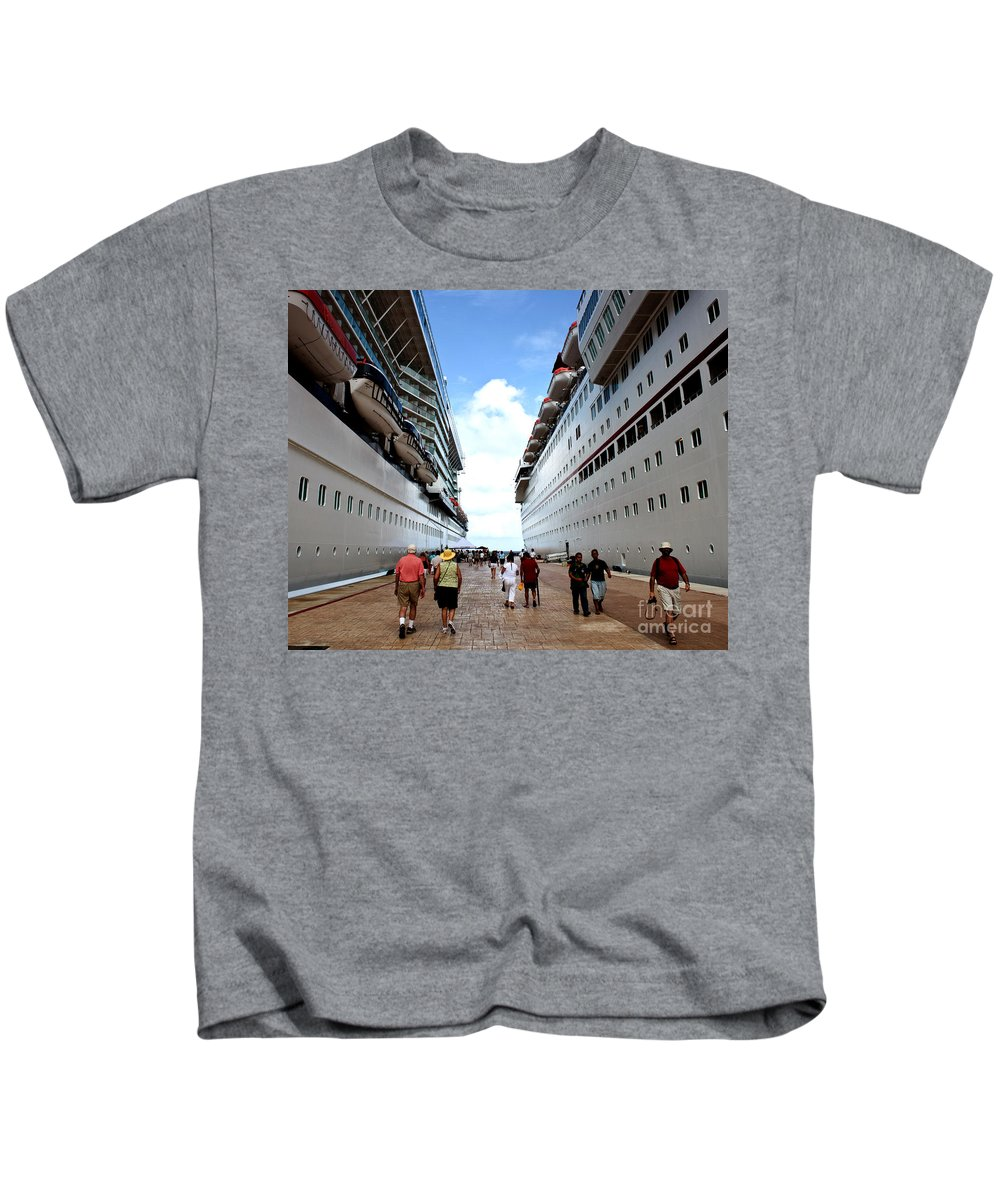 Carnival Kids T-Shirt featuring the photograph Beween Two Ships by Thomas Marchessault