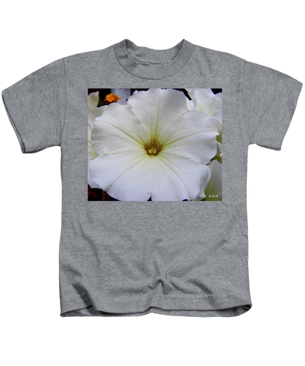 Big Bold Beautiful Kids T-Shirt featuring the photograph Big Bold Beautiful by Edward Smith