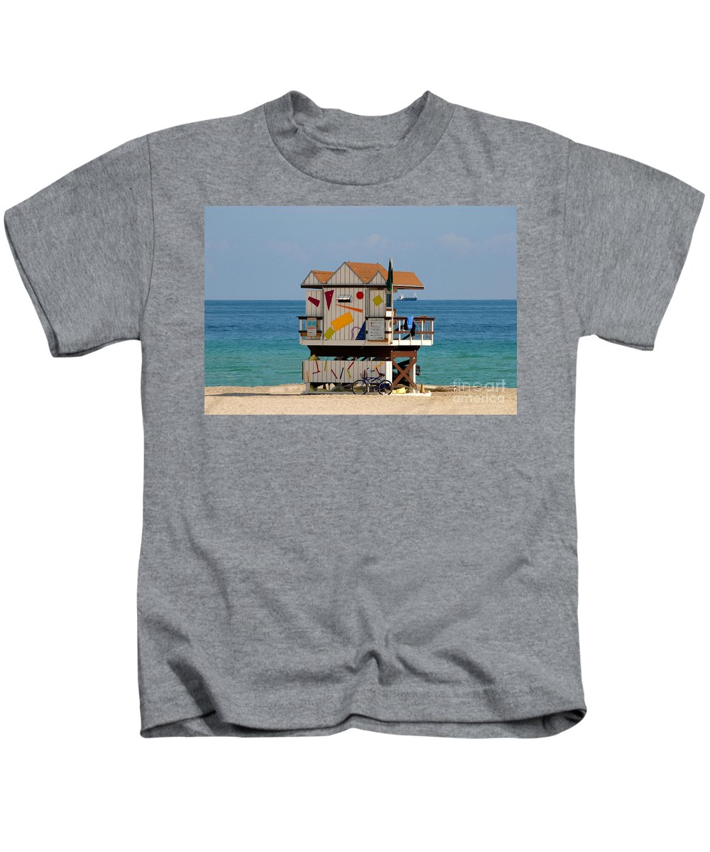 Miami Beach Kids T-Shirt featuring the photograph Blue Bicycle by David Lee Thompson