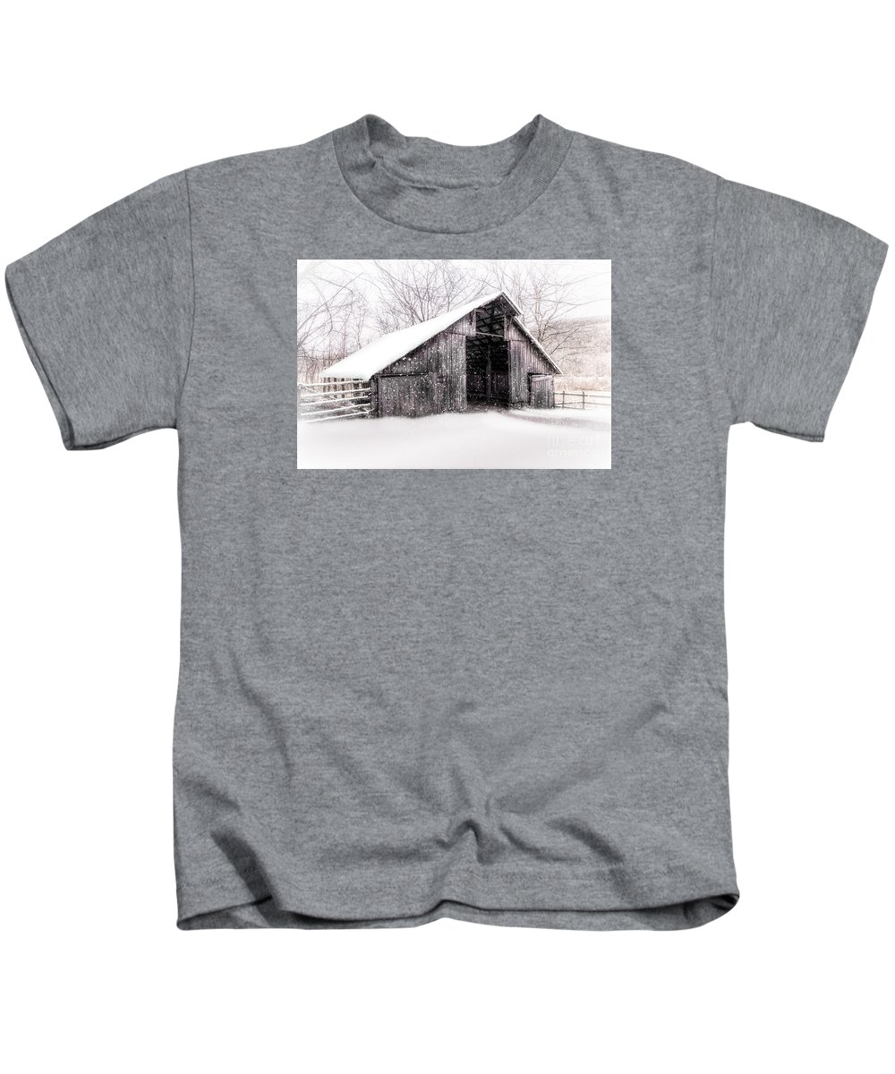 Snow Kids T-Shirt featuring the photograph Boxley Snow Barn by Larry McMahon