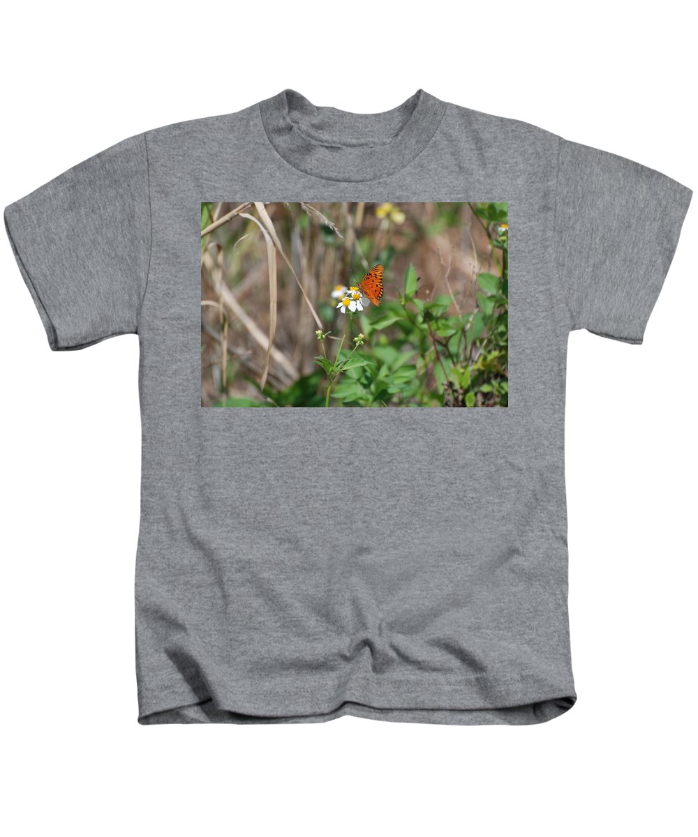 Butterfly Kids T-Shirt featuring the photograph Butterfly Flower by Rob Hans