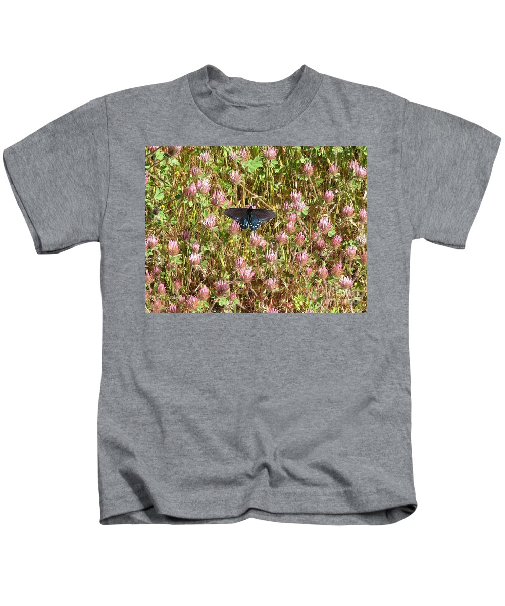 Nature Kids T-Shirt featuring the photograph Butterfly In Clover by Suzanne Leonard
