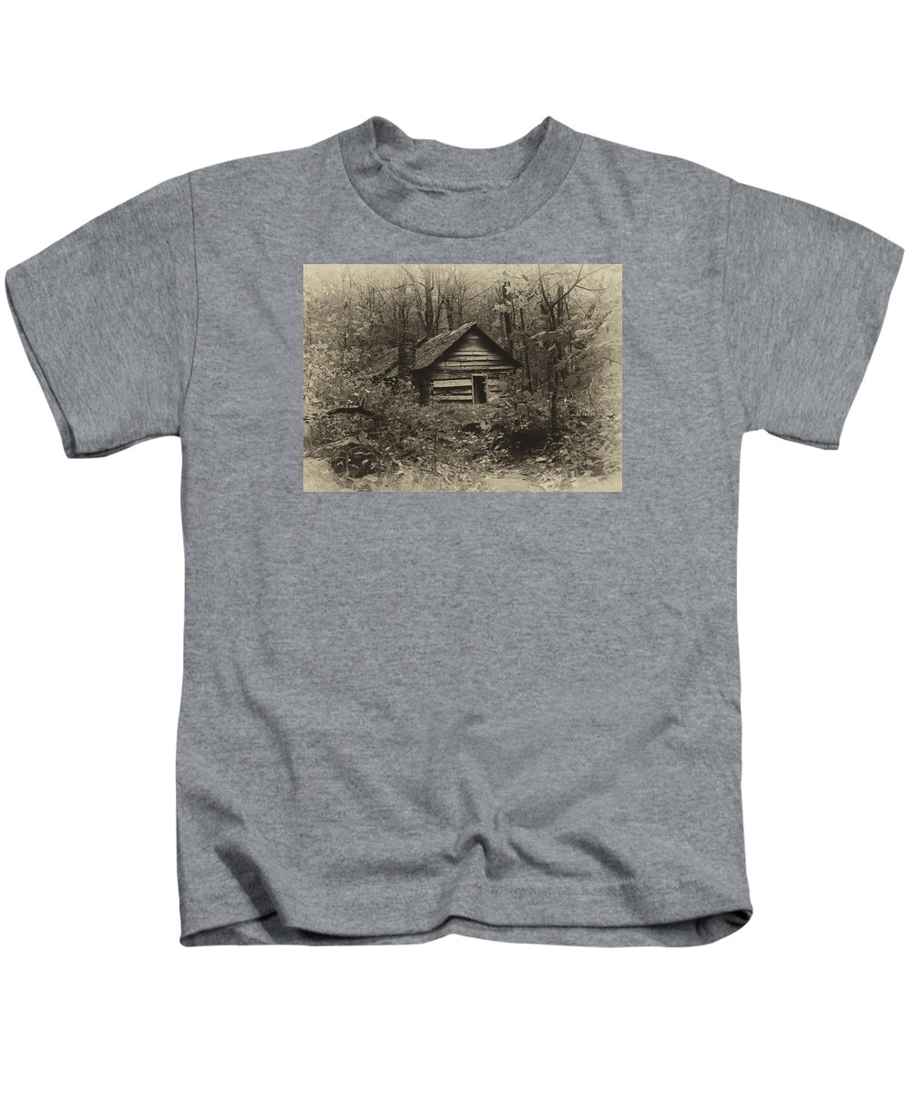 Ann Keisling Kids T-Shirt featuring the photograph Cabin In The Woods by Ann Keisling