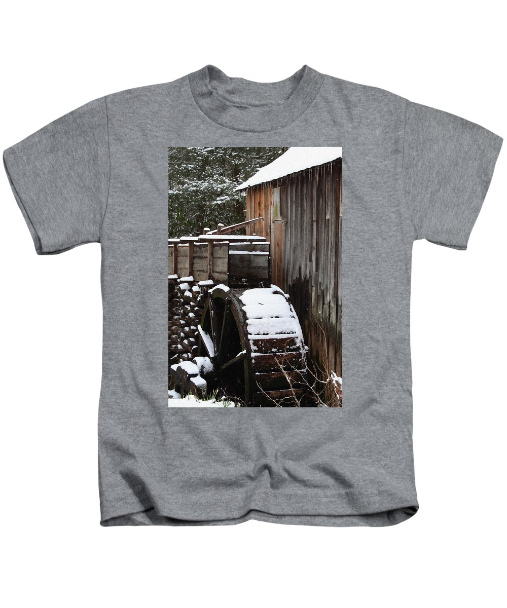 Great Smoky Mountains Kids T-Shirt featuring the photograph Cades Cove Mill I by Margie Wildblood
