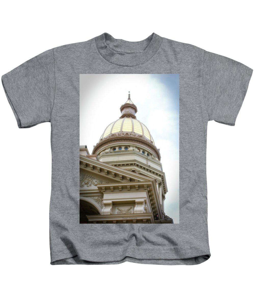 Cheyenne Wyoming Kids T-Shirt featuring the photograph Capital Building Dome Cheyenne Wyoming Vertical 02 by Thomas Woolworth