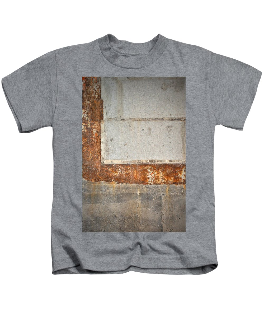 Architecture Kids T-Shirt featuring the photograph Carlton 14 - Abstract Concrete Wall by Tim Nyberg