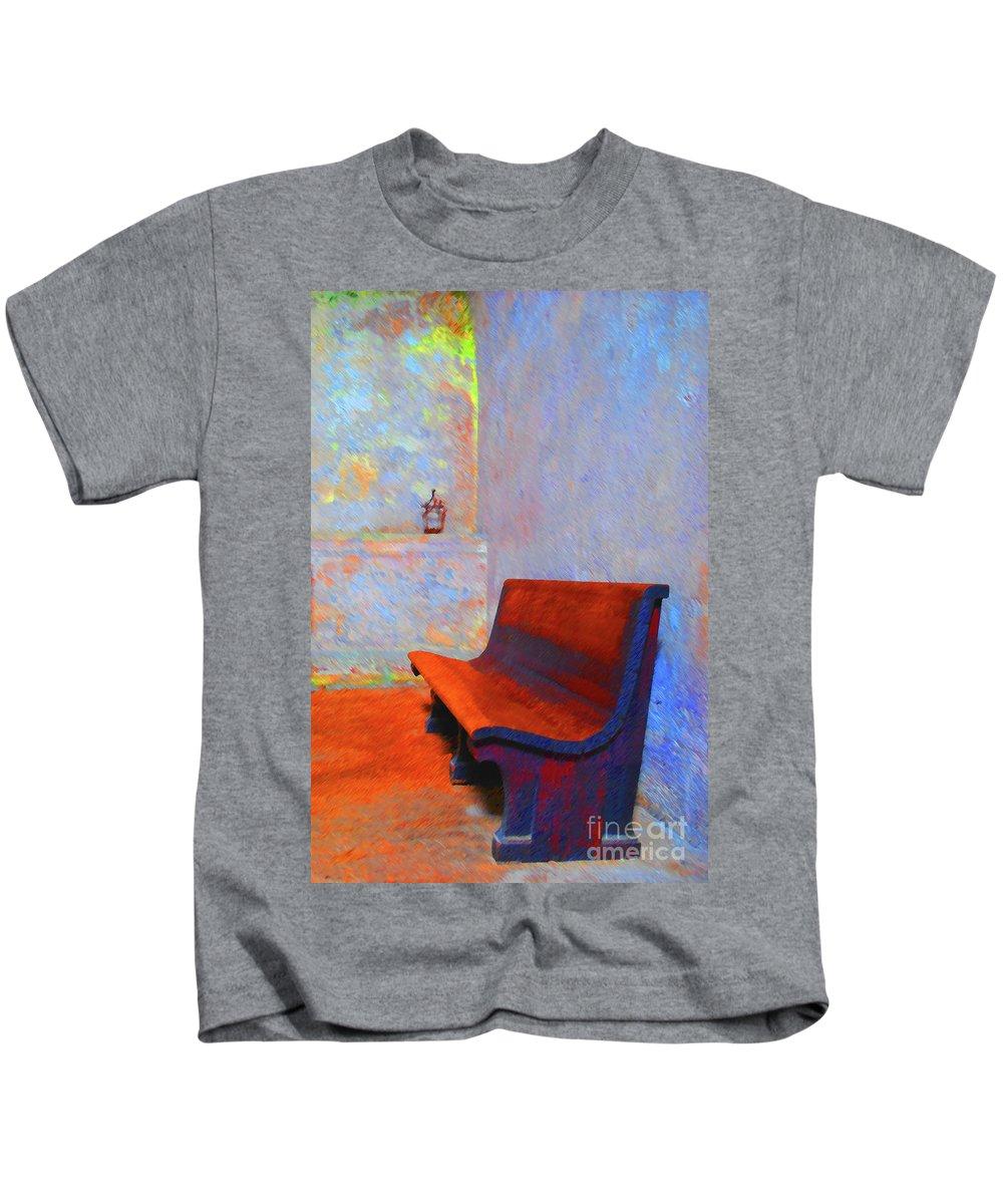 Bench Kids T-Shirt featuring the photograph Castillo De San Marcos Bench by Jost Houk