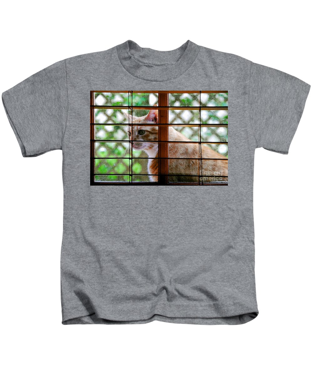 Feline Kids T-Shirt featuring the painting Cat At The Window by David Lee Thompson