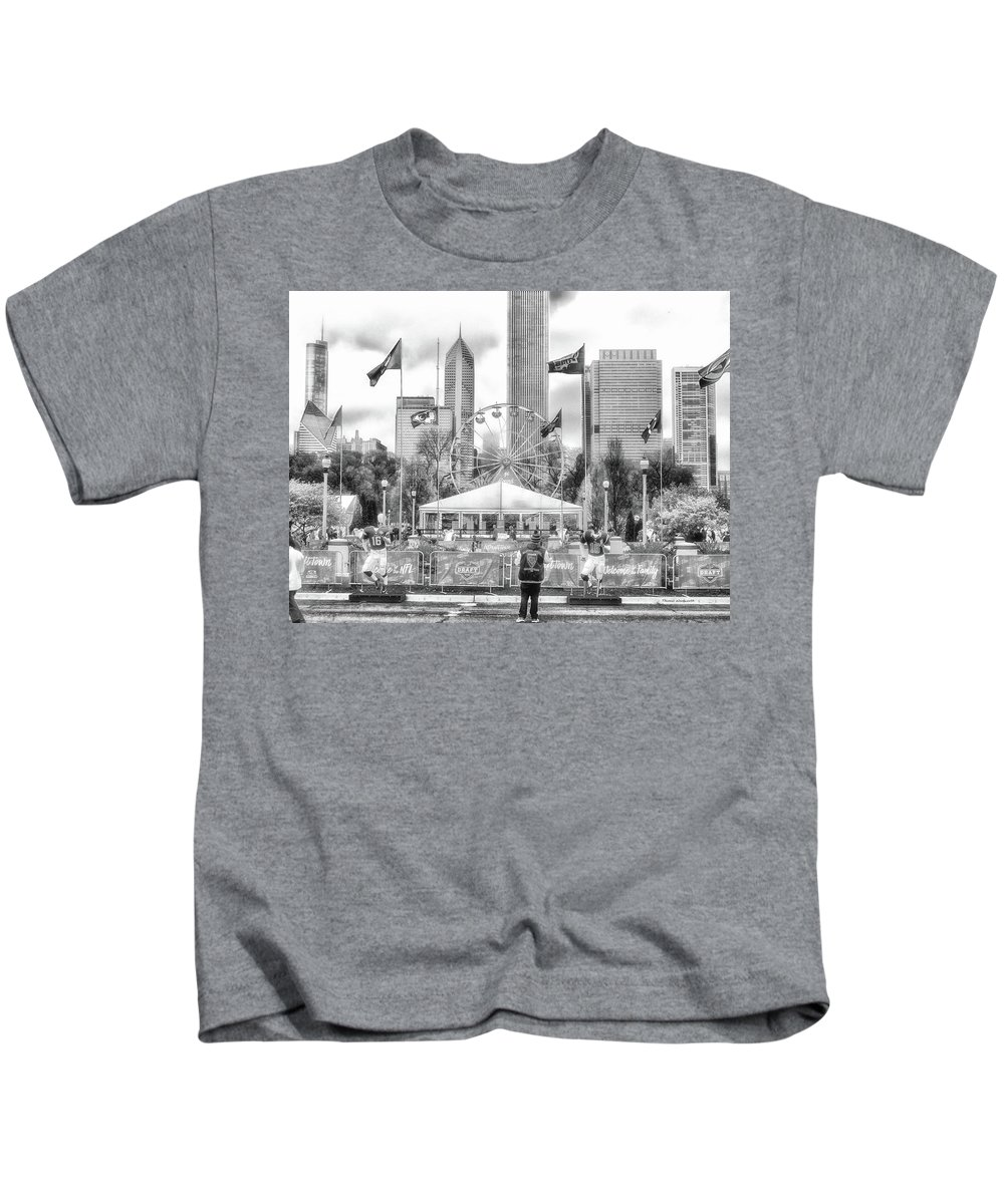 Cities Kids T-Shirt featuring the photograph Chicago Nfl Draft Town 2016 Bw by Thomas Woolworth