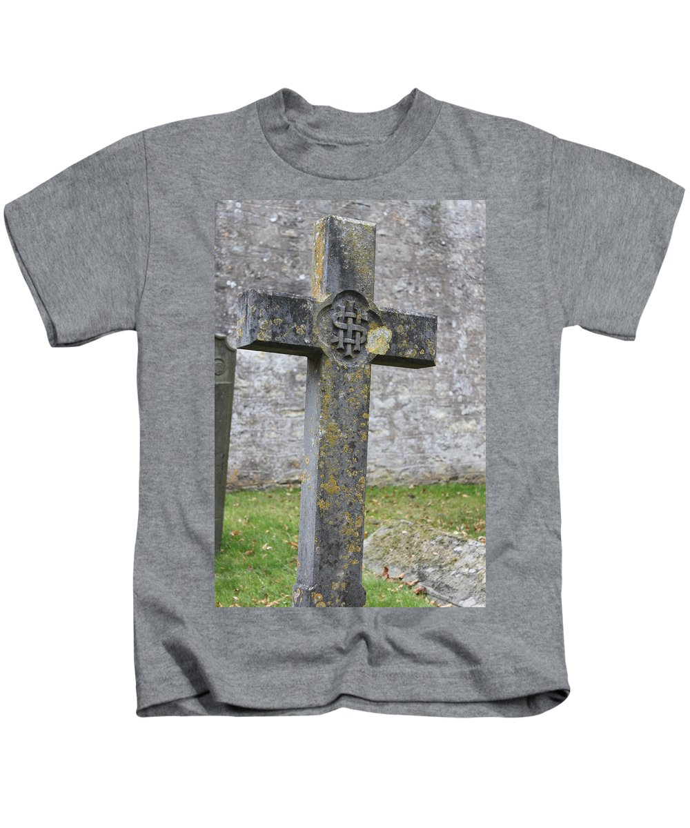 Cross Kids T-Shirt featuring the photograph Cross Tombstone St. Mary's Wedmore by Lauri Novak