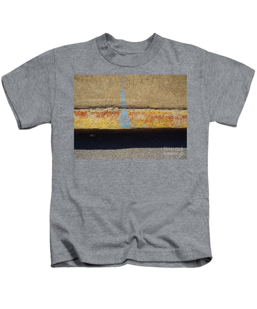Abstract Kids T-Shirt featuring the photograph Curb by Flavia Westerwelle