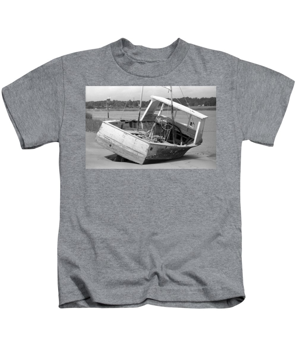 Abandoned Kids T-Shirt featuring the photograph Decommissioned by Richard Rizzo