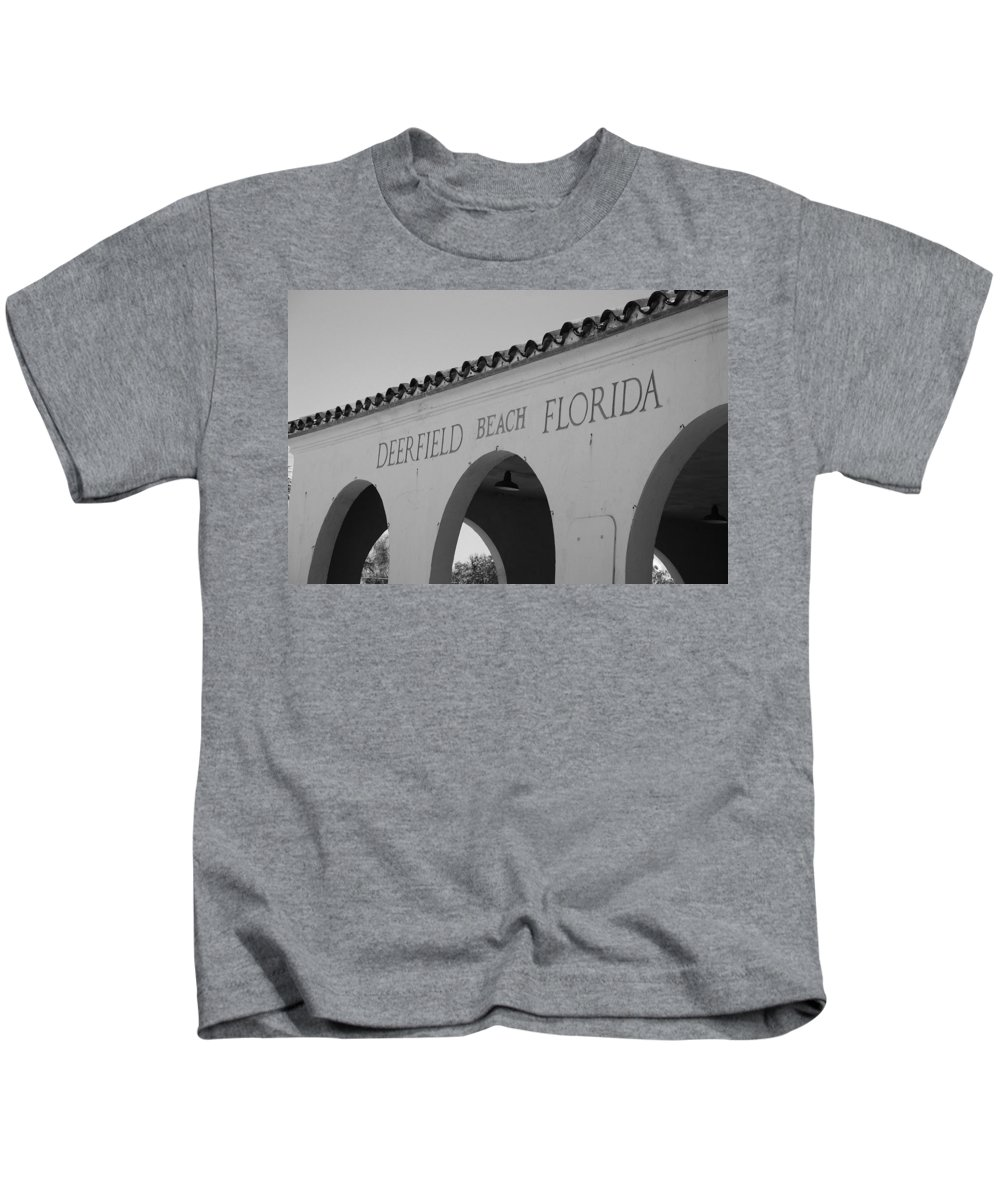 Black And White Kids T-Shirt featuring the photograph Deerfield Beach Florida by Rob Hans