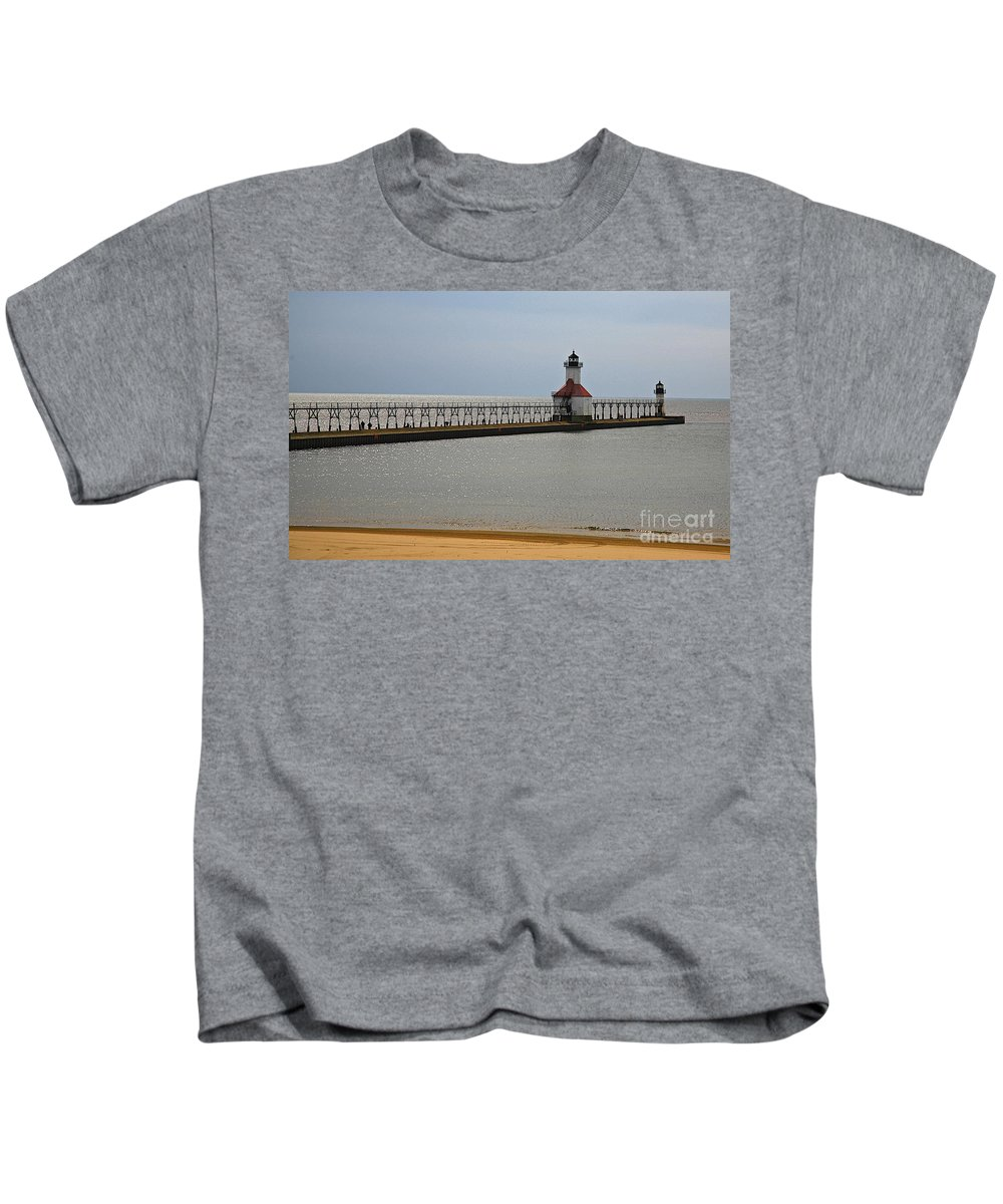 St.joe Michigan Light House Artwork For Sale Related Tags: Light Artwork Kids T-Shirt featuring the photograph Double Duty by Robert Pearson