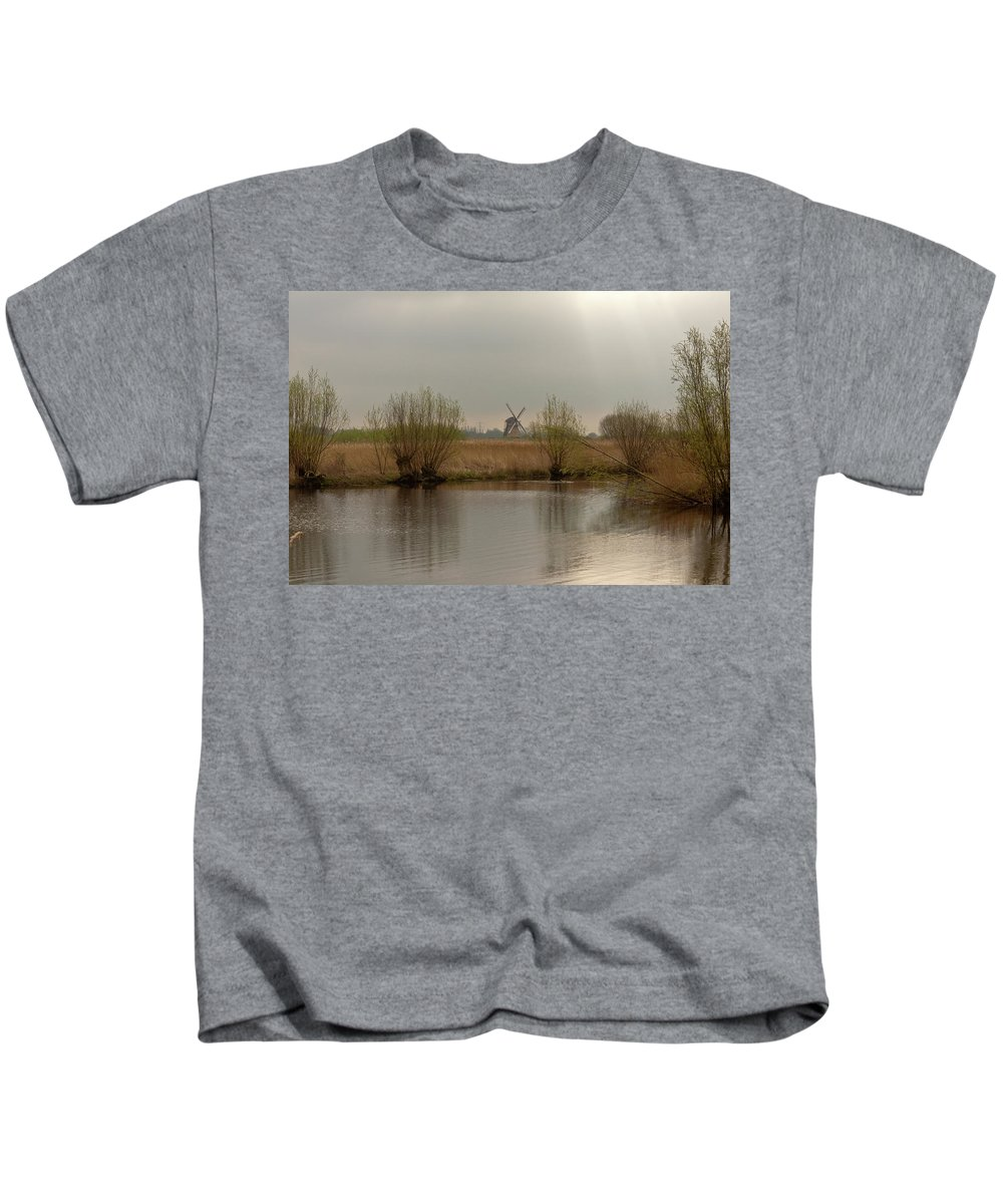 Kinderjik Kids T-Shirt featuring the photograph Early Morning In Kinderjik by Jill Smith