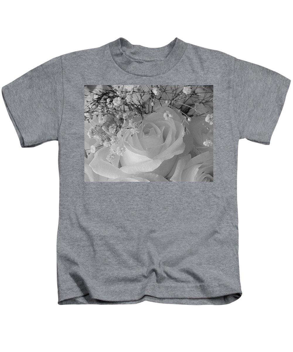 New England Photos Kids T-Shirt featuring the photograph Elegant by Nancie DeMellia