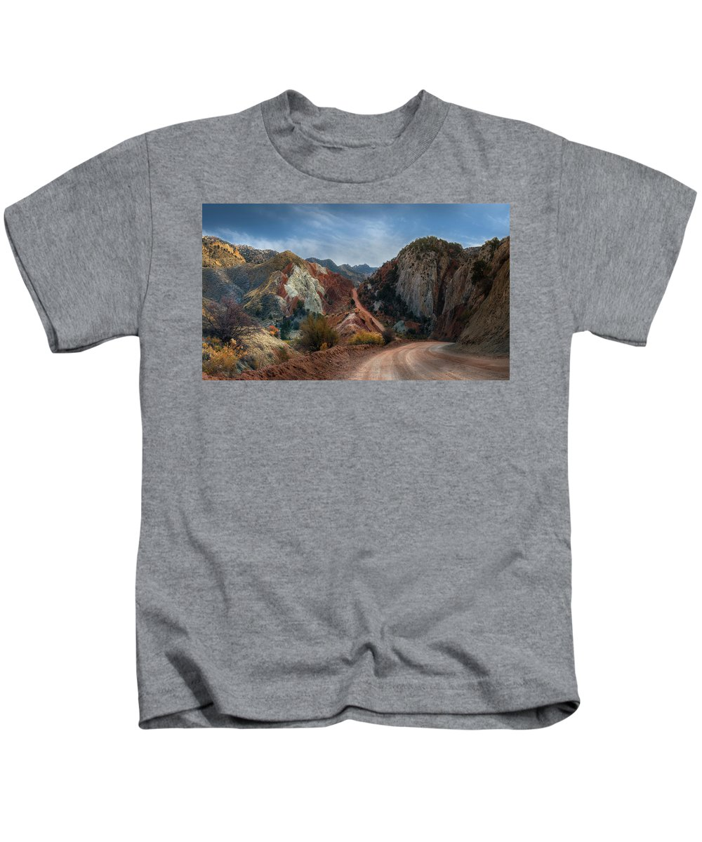 Grand Staircase Escalante National Monument Kids T-Shirt featuring the photograph Grand Staircase Escalante Road by Gary Warnimont
