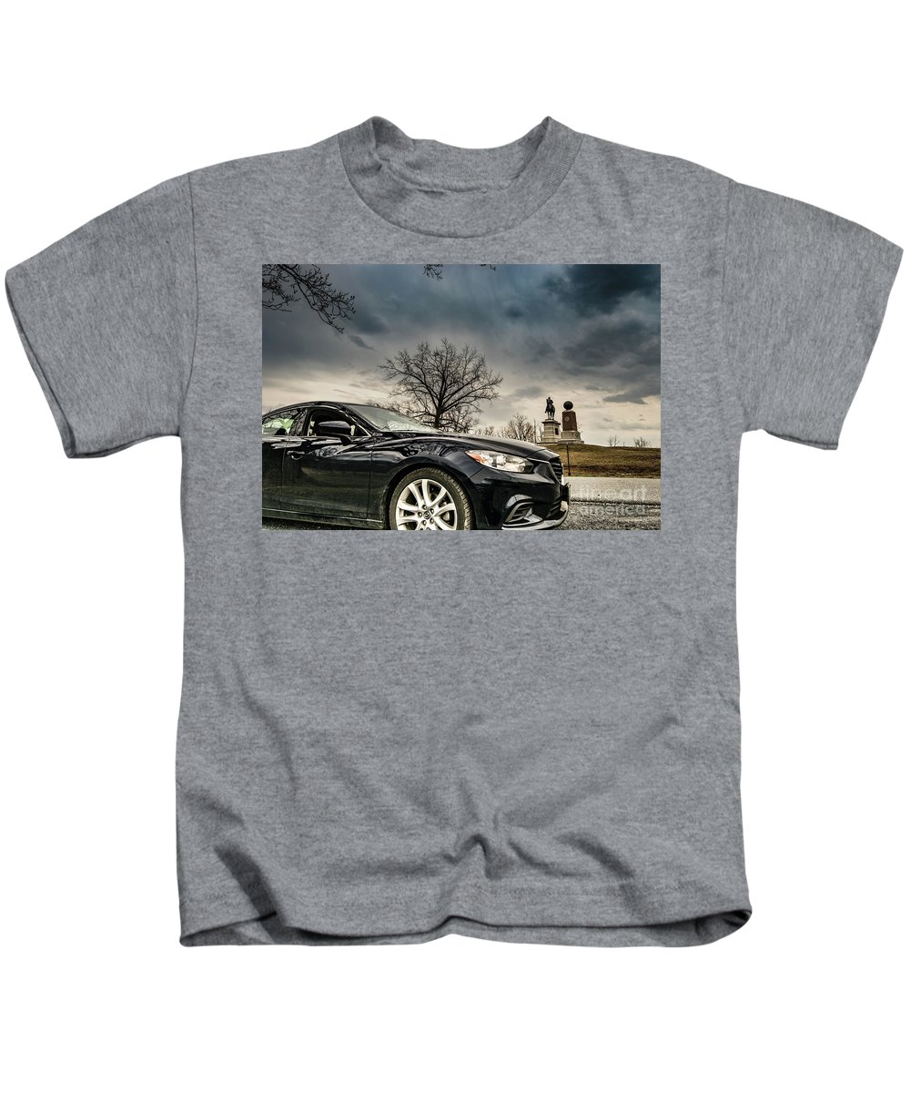 Car Kids T-Shirt featuring the photograph Gettysburg Zoom Zoom by C U Fotography
