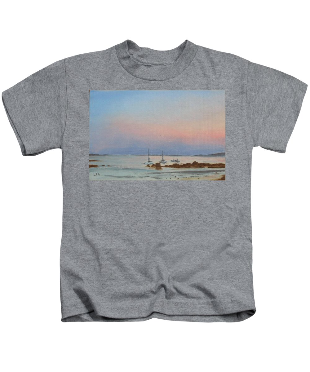 Seascape Kids T-Shirt featuring the painting Good Harbor by Lea Novak