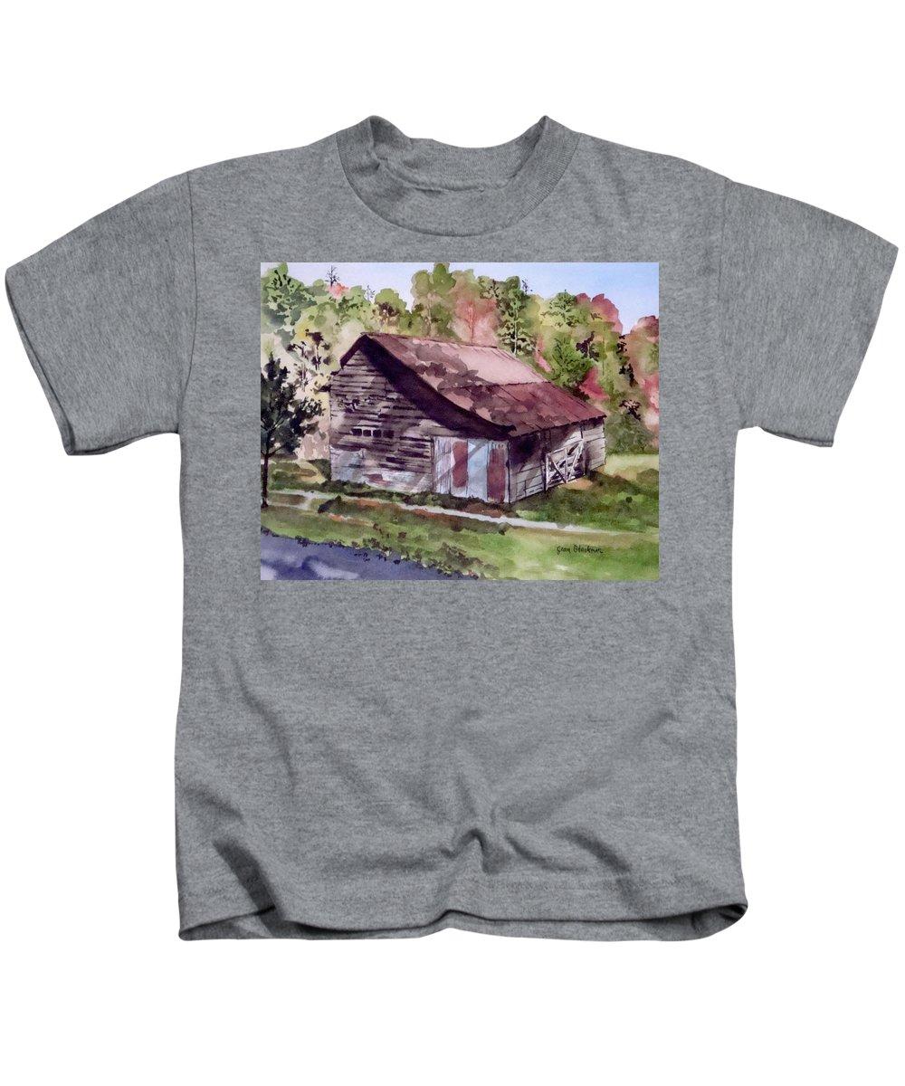 Barns Kids T-Shirt featuring the painting Green Creek Barn by Jean Blackmer