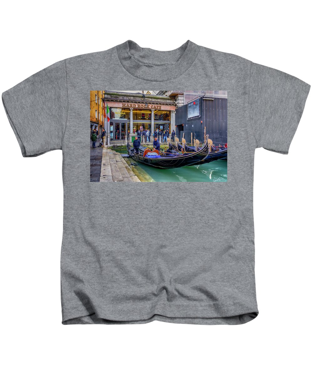 Europe Kids T-Shirt featuring the photograph Hard Rock Cafe Venice Gondolas_dsc1294_02282017 by Greg Kluempers