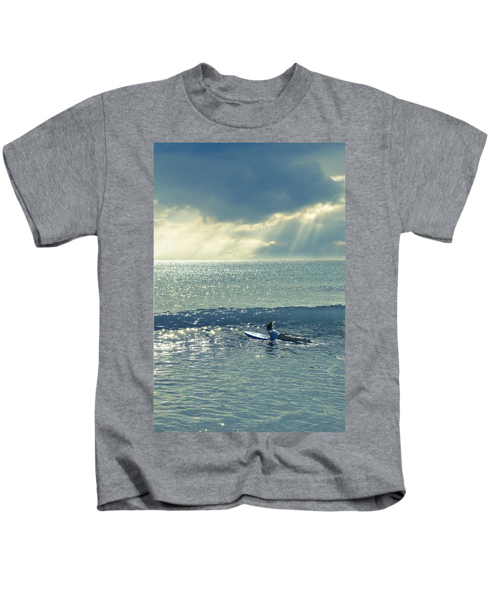 Surfer Girl Kids T-Shirt featuring the photograph Here Comes The Sun by Laura Fasulo