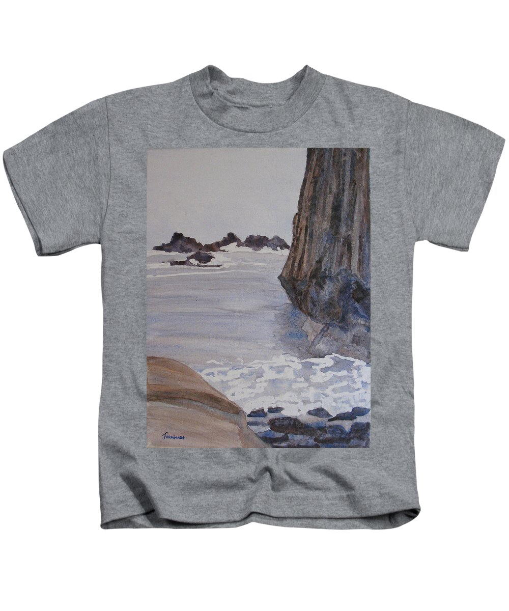 Seapcape. Seascapes Kids T-Shirt featuring the sculpture High Tide At Seal Rock by Jenny Armitage