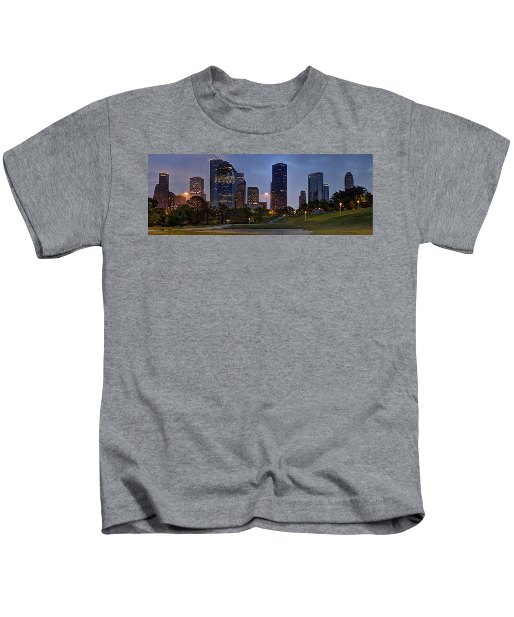 Houston Kids T-Shirt featuring the photograph Houston Nighttime Skyline by Mike Harlan