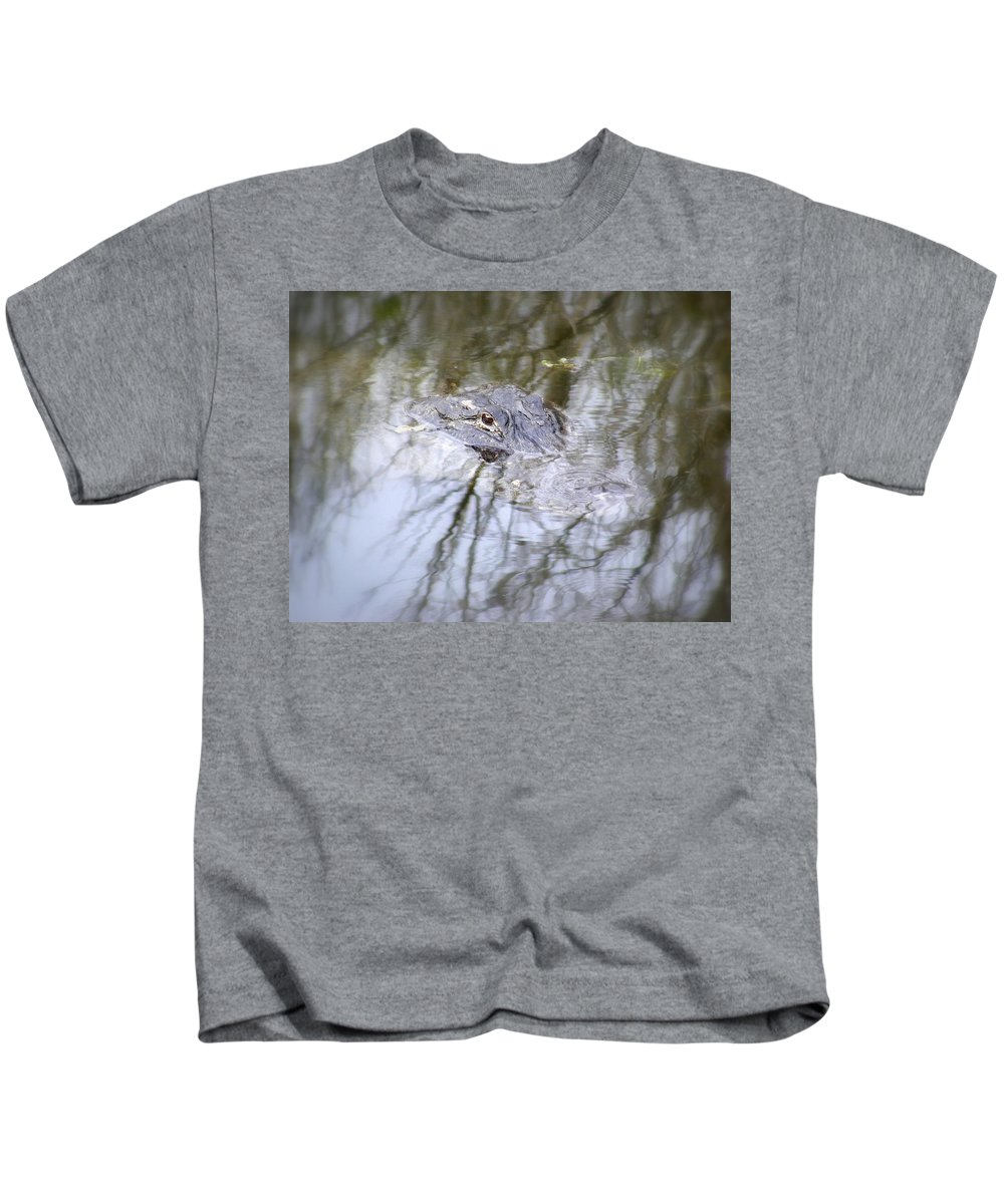 Alligator Kids T-Shirt featuring the photograph I Am Watching by Ed Smith