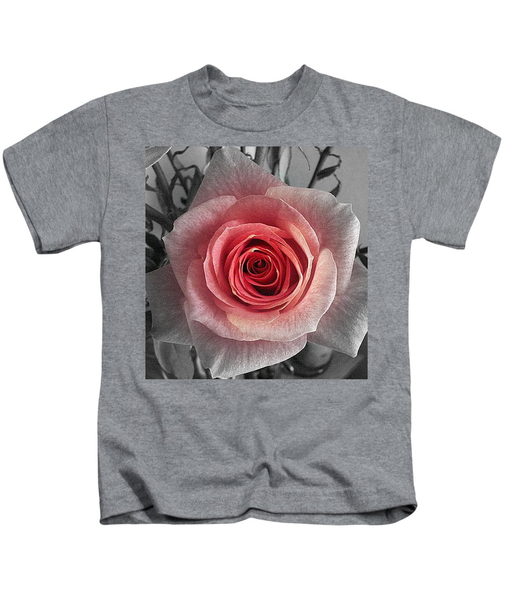 Rose Red Blackandwhite Kids T-Shirt featuring the photograph In The Center by Luciana Seymour