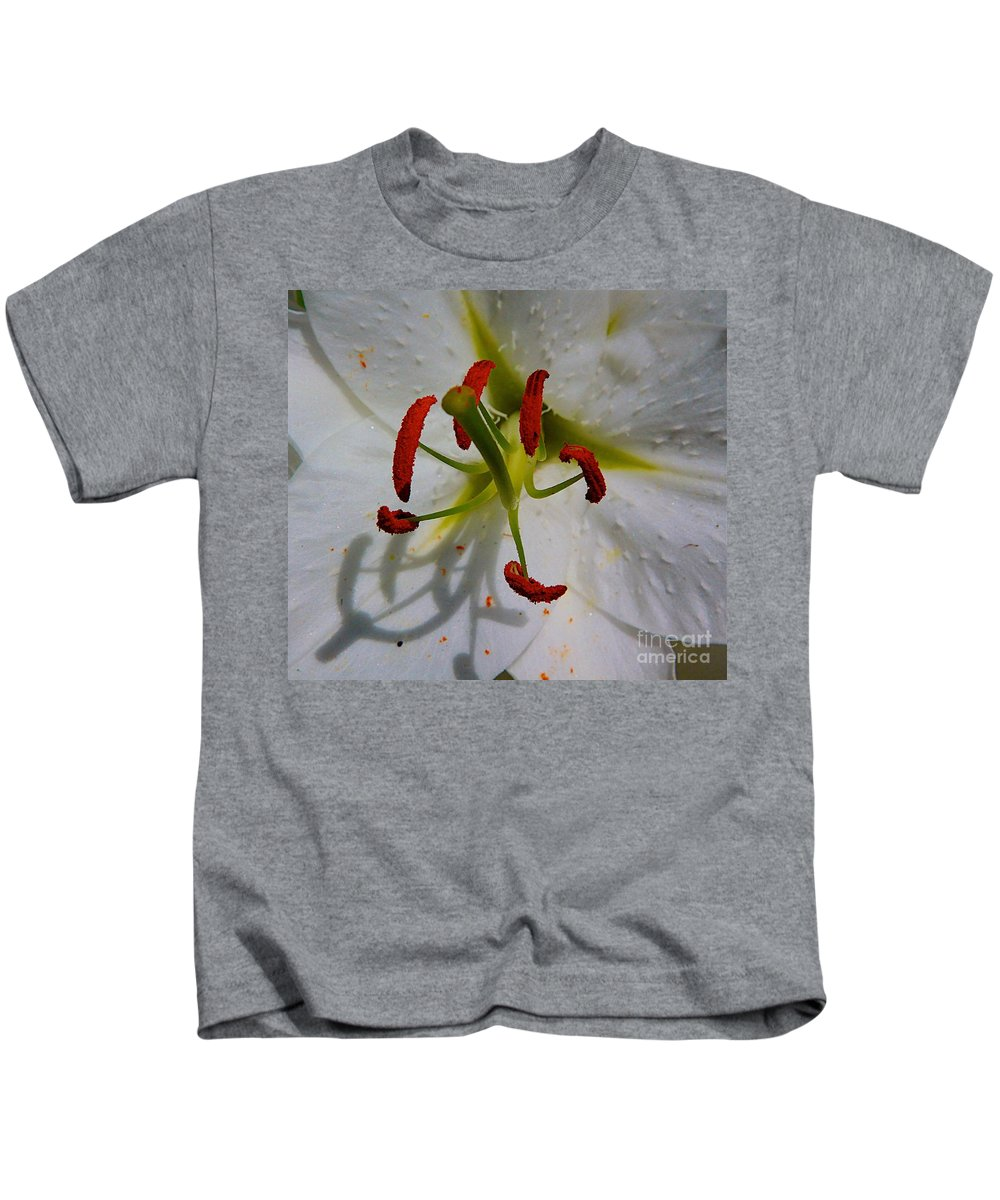 Flower Big Kids T-Shirt featuring the photograph In The Sun by Robert Pearson