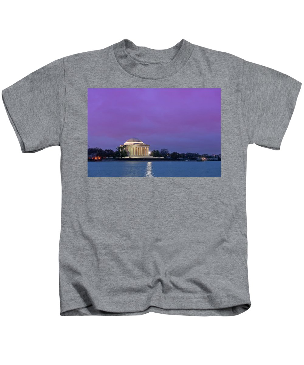 Jefferson Monument Across The Bay Kids T-Shirt featuring the photograph Jefferson Monument by Sebastian Musial