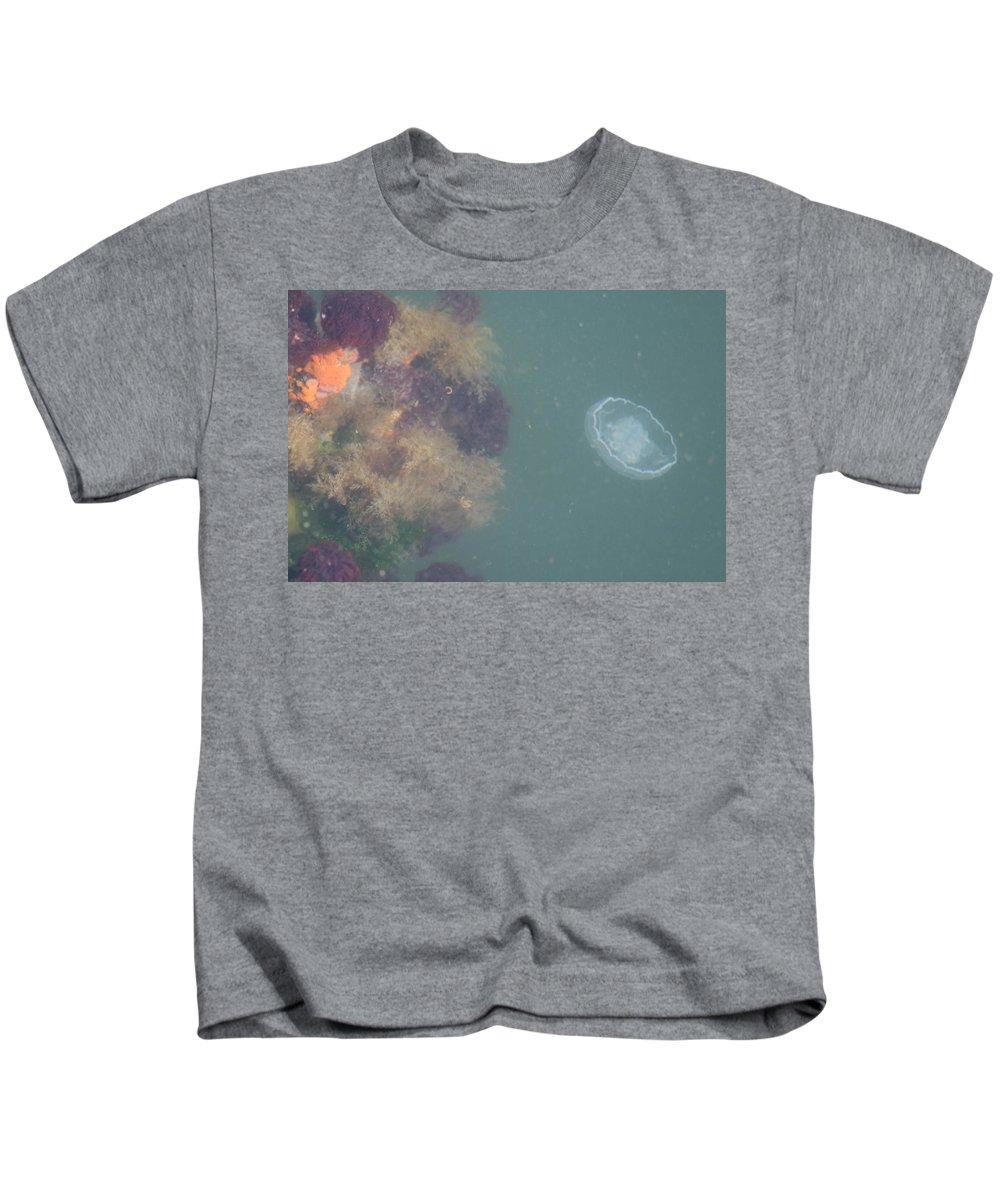 Jellyfish Kids T-Shirt featuring the photograph Jellyfish by Glenn Wachtman
