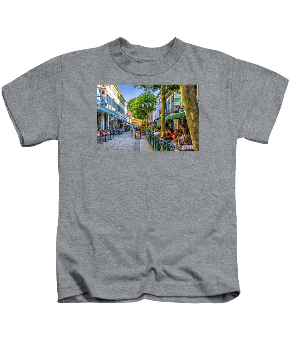 Cafe Kids T-Shirt featuring the photograph Kalmar Cafes by Roberta Bragan