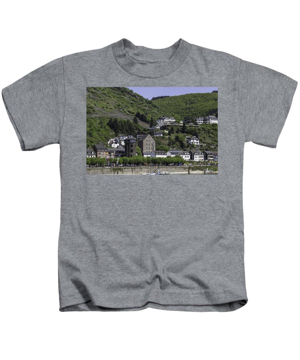 Teresa A Mucha Kids T-Shirt featuring the photograph Kaub Ship Mast by Teresa Mucha