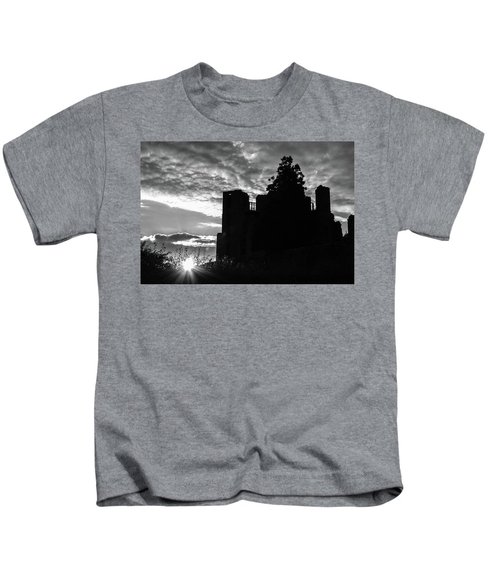 B&w Kids T-Shirt featuring the photograph Kenilworth Castle 8 by Sol Revolver