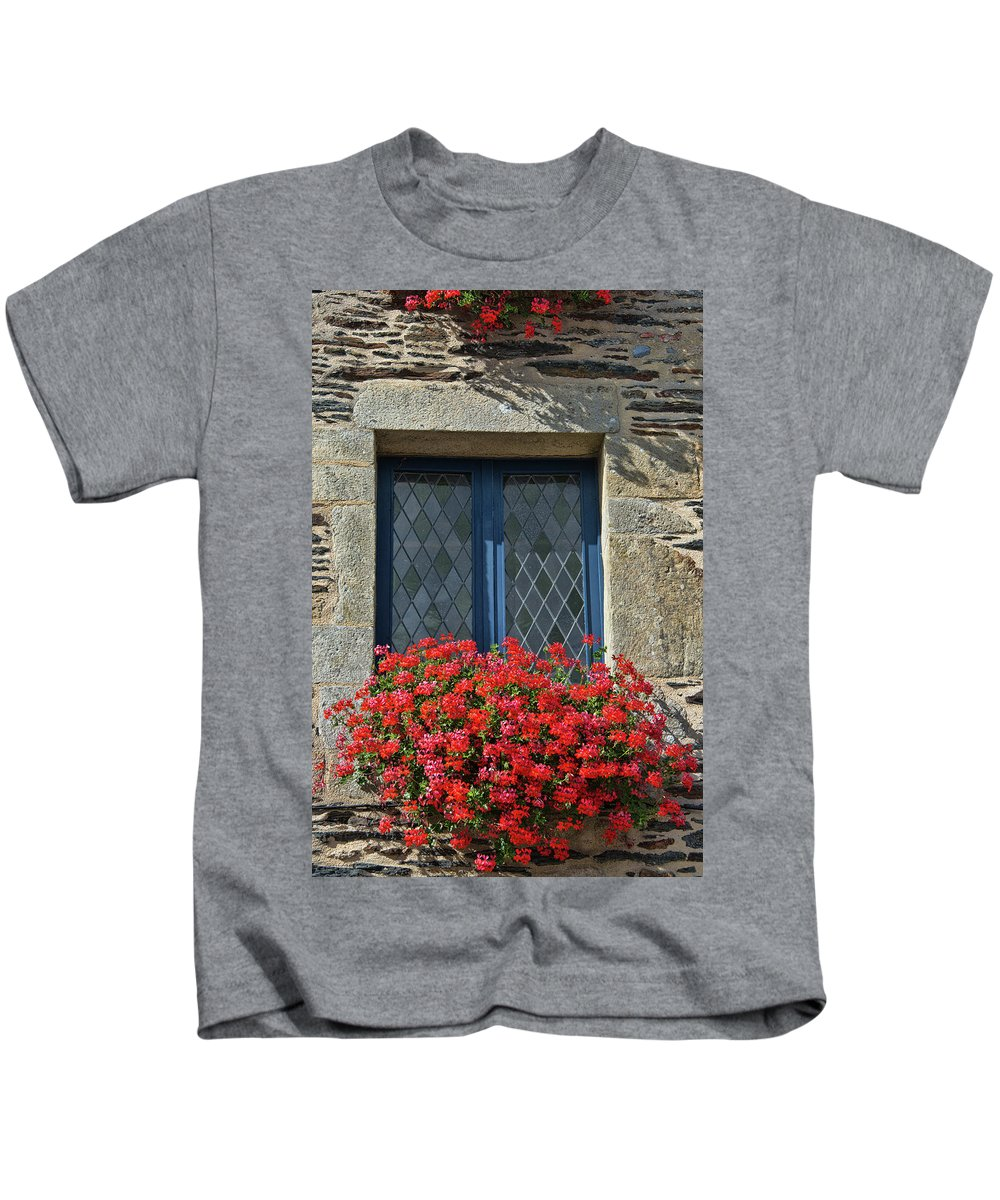 La Gacilly Kids T-Shirt featuring the photograph La Gacilly, Morbihan, Brittany, France, Window by Curt Rush